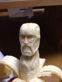 Banana-sculptures8-550x733_s.jpg